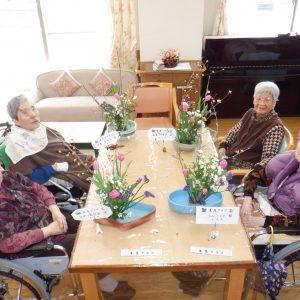 生け花クラブを開催しました