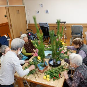 生け花クラブを開催いたしました。