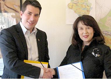 2011年3月スウェーデン・フィンランドと国際交流に関する協定書調印